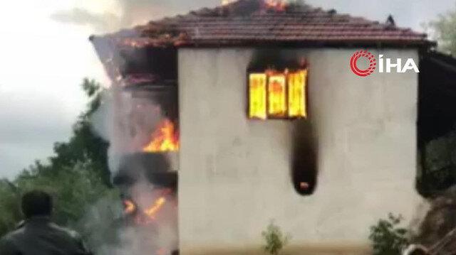 Amasya'da bağ evinde yıldırım düşmesi sonucu yangın çıktı
