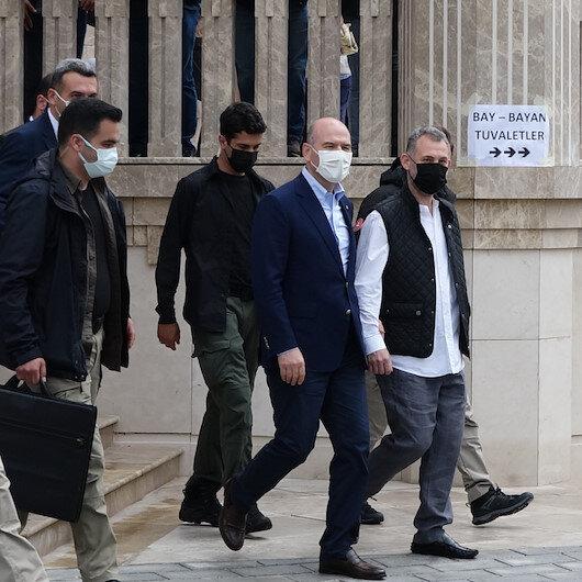 İçişleri Bakanı Süleyman Soylu Taksim Camiini ziyaret etti