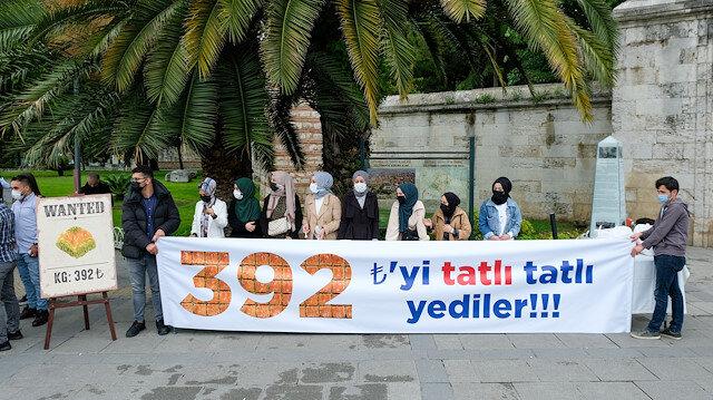 AK Parti Gençlik Kolları İBB'nin kilosu 392 liraya baklava almasını protesto etti