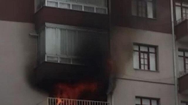 Konya'da bir apartmanın 4. katında yangın çıktı