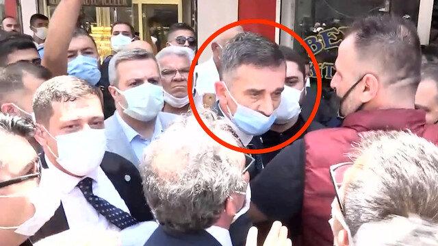 Meral Akşener'in Hatay ziyaretini takip etmek isteyen muhabir zorla dükkandan dışarı çıkarıldı