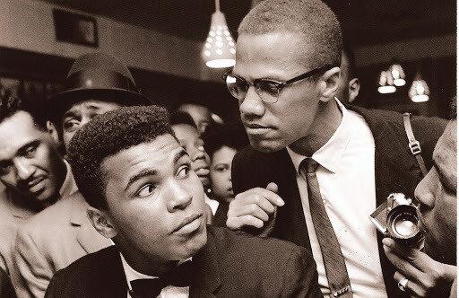 Malcolm X ile tanışan Muhammed Ali'nin bütün hayatı değişti.