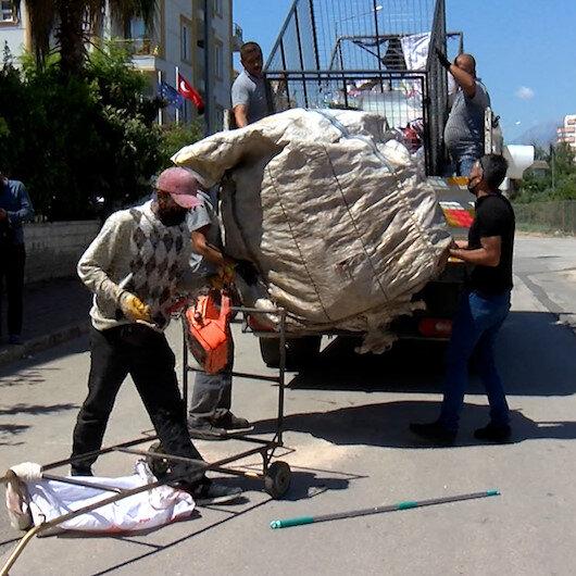 Konyaaltıda çöpten atık toplayanlara operasyon