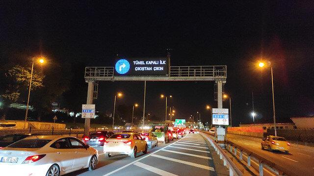 Avrasya Tüneli'nde araç yangını: Tüm şeritler trafiğe kapatıldı