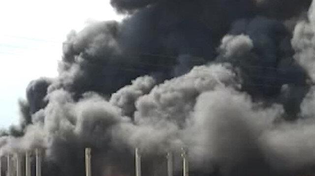 Adana'da plastik geri dönüşüm fabrikasında yangın çıktı