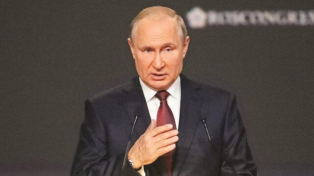 Rusya lideri Putin  ABD'yi hedef aldı: Doları silah gibi kullanıyor