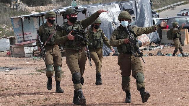 İsrail askerleri Batı Şeria'da bir Filistinliyi ağır yaraladı