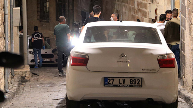 Polisin 'dur' ihtarına uymayıp ateş açtılar: 1'i polis 5 kişi yaralandı