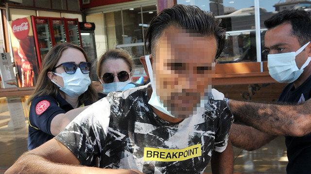 Antalya'da inanılmaz anlar: Sırtına saplı bıçakla Almanya'daki ablasıyla görüntülü görüştü