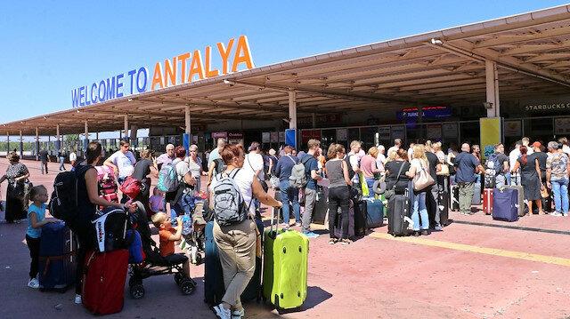 Vaka sayıları düşünce rotayı yeniden Antalya'ya çevirdiler: Uçak sayısı ikiye katlandı