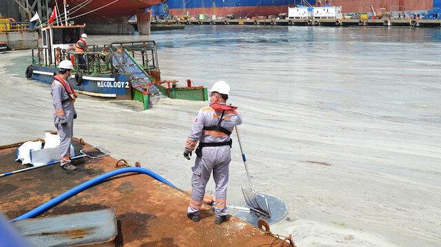 Marmara Denizi'ndeki müsilaj temizliğine anlık takip