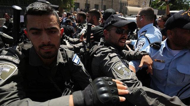 """İsrail polisi, hazırladığı meyve suyuna """"Kudüs İntifadası"""" adını veren Filistinliyi gözaltına aldı"""