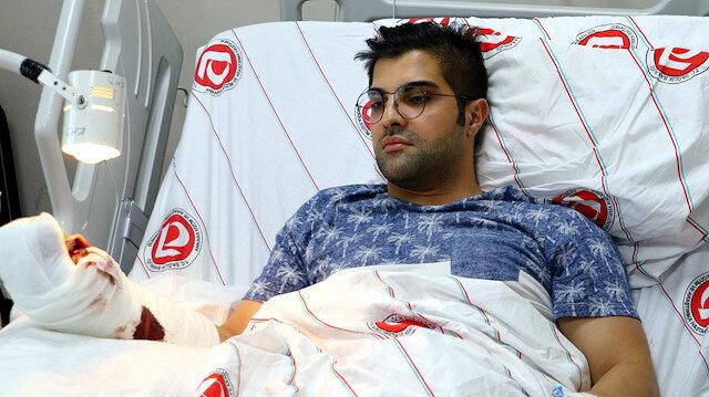 Doktoru bıçaklayan hasta 'dövdüler' dedi: Gerçek kamerada ortaya çıktı