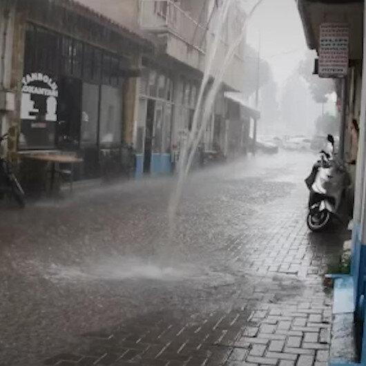 Manisada etkili olan sağanak yağış sonrası sokaklar göle döndü