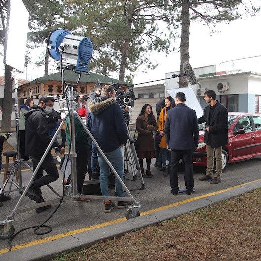 Sinema ve dizi sektörü aşılamada öncelikli gruba alındı: Karar memnuniyetle karşılandı