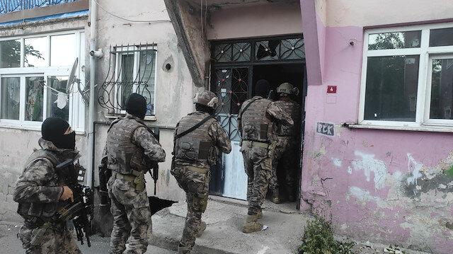 İstanbul'un dört ilçesinde helikopter destekli uyuşturucu operasyonu