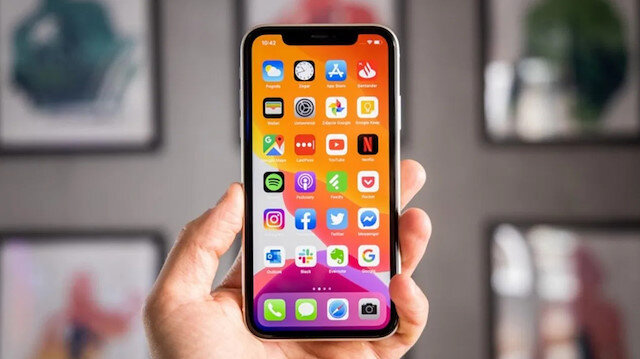 Apple yeni iPhone güncellemesi konusunda kullanıcıları zorlamayacak