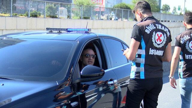 İstanbul'da çakarlı araç denetimi: İhlal yapanlara ceza kesildi