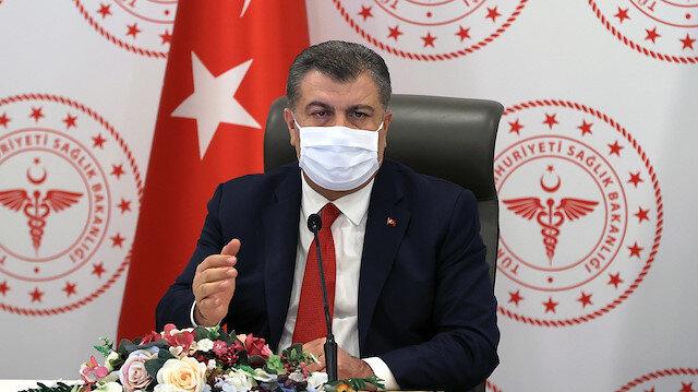 Sağlık Bakanı Koca kargo çalışanları ile kuryelerin yarından itibaren Kovid-19 aşısı olabileceğini açıkladı