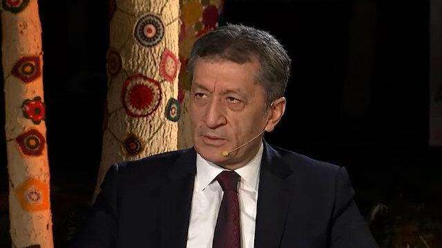 Milli Eğitim Bakanı Selçuk: Okulları öğretmenlerimiz için kapattık