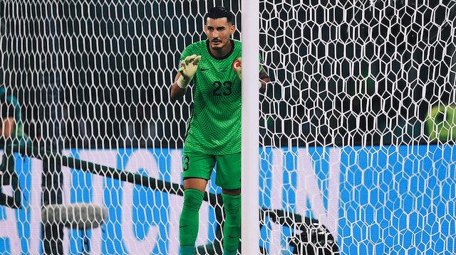 Türkiye-İtalya maçının günah keçisi ilan edilmeye çalışılan Uğurcan Çakır Avrupalıların gözdesi oldu