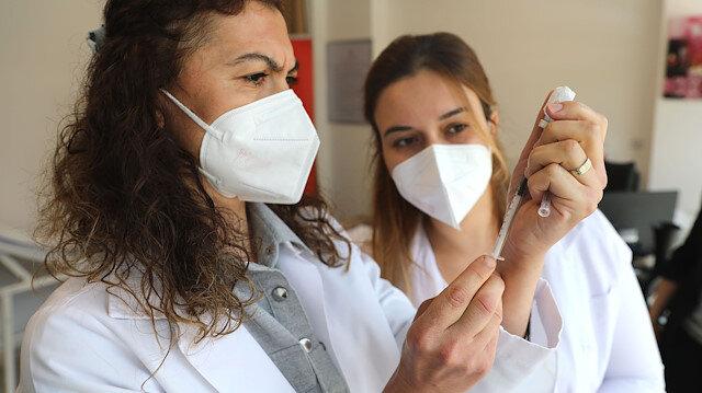 DSÖ aşı yaptıranları uyardı: Maske takmaya devam edin