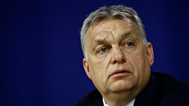 Macaristan'da 18 yaşın altındakileri eşcinselliğe teşvik eden içerikler yasaklandı