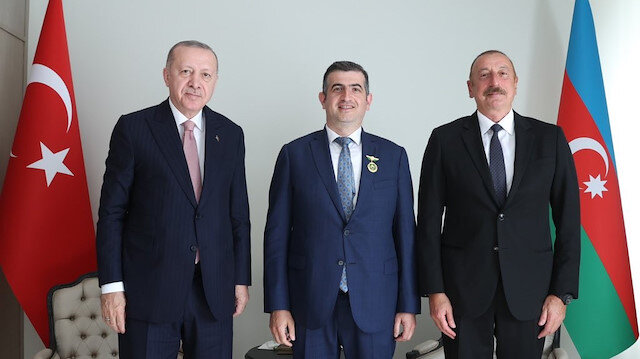 Aliyev'den Haluk Bayraktar'a Karabağ Nişanı