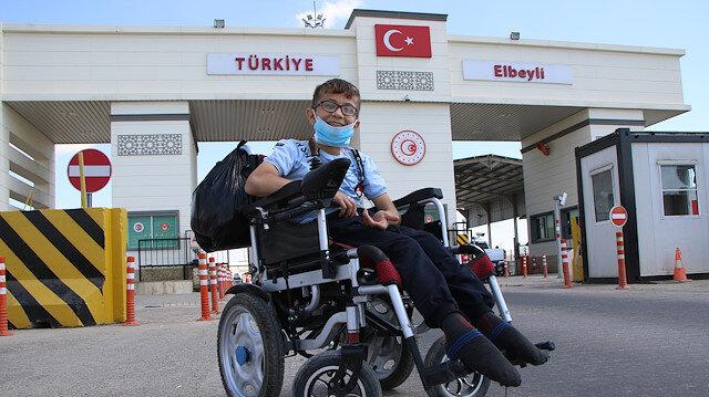 Suriyeli Muhammed tedavi için Türkiye'de: İnşallah ülkeme yürüyerek döneceğim