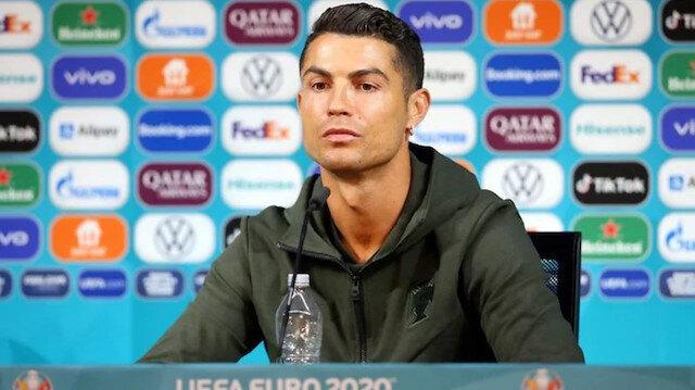 Ronaldo şişeleri masadan kaldırdı: Coca-Cola 4 milyar dolar değer kaybetti