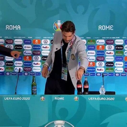 Ronaldonun başlattığı akım sürüyor: Locatelli de kola şişesinin yerine su koydu