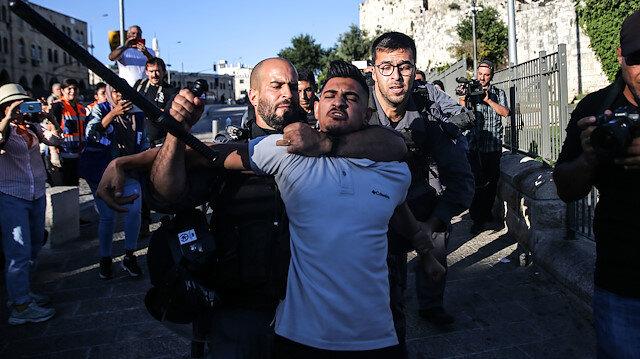 İsrail polisinden Mescid-i Aksa'da Filistinlilere müdahale