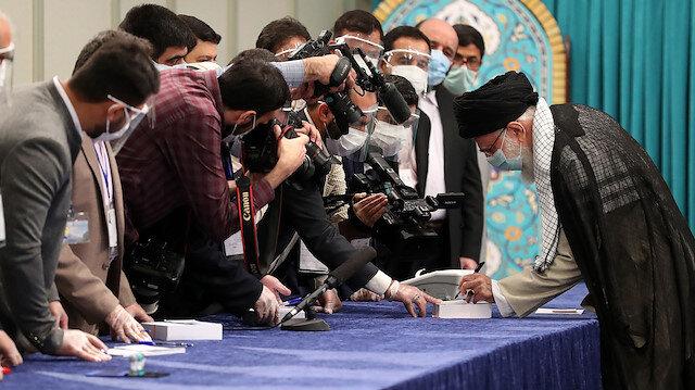 İran halkı sandık başında: 13'üncü Cumhurbaşkanı seçiliyor