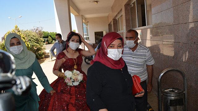 Gaziantep'te faciadan dönüldü: Kazada 10 kişi yaralandı