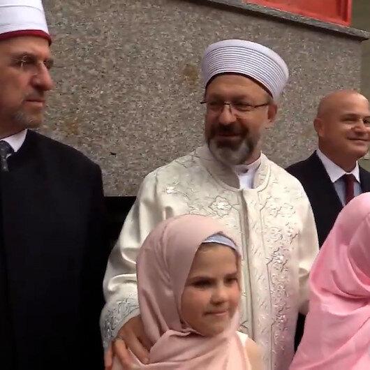 Kosovada hafızlık kursu öğrencilerinden Diyanet İşleri Başkanı Erbaşa karşılama töreni