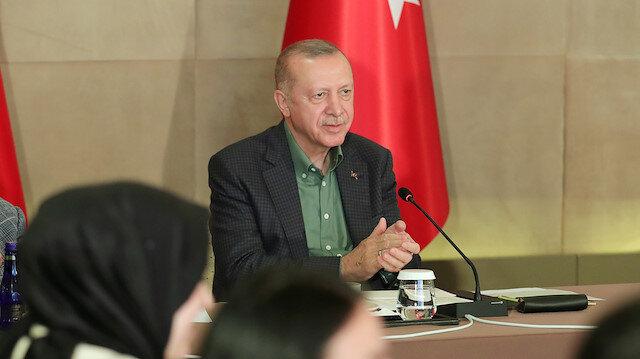Cumhurbaşkanı Erdoğan 'Gençlerle En Baba Buluşma' etkinliğinde soruları yanıtladı: Benim anam da babam da annem oldu