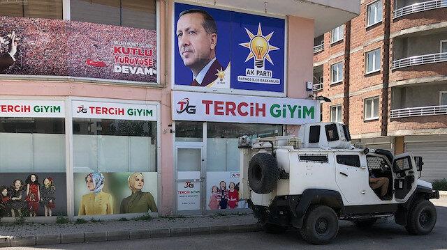AK Parti Patnos ilçe binasına saldırı hazırlığındaki 4 kişi yakalandı