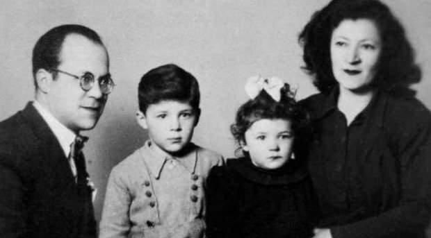 Cemil Meriç ve ailesi