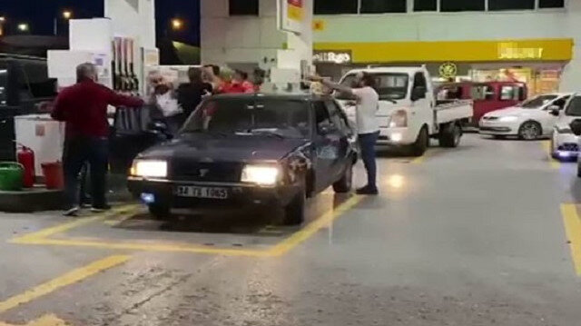 Sancaktepe'de benzin istasyonunda çıkan kavgada yumruklar konuştu