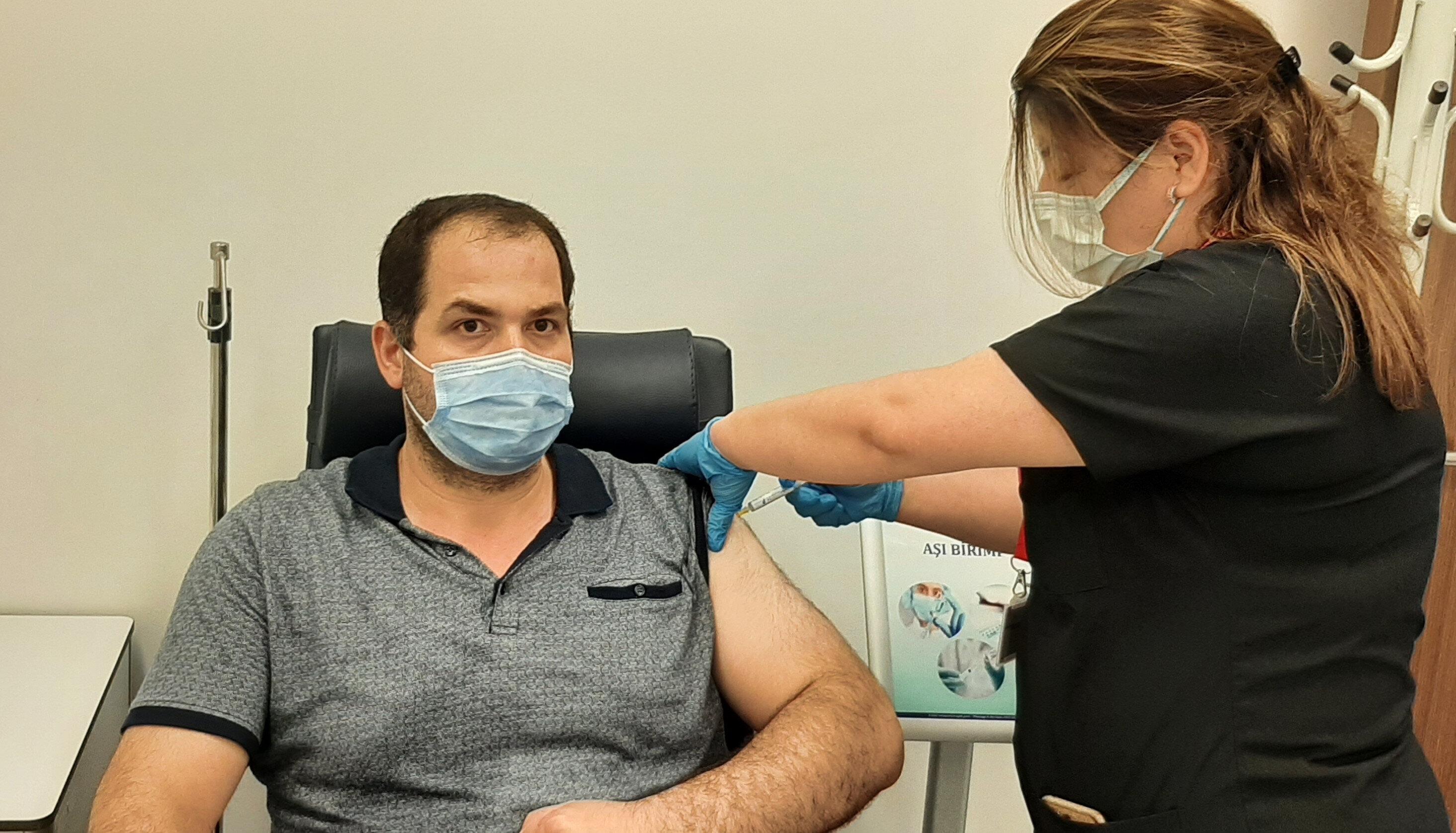 Hüseyin Polat yerli aşı ile ilgili soruları yanıtladı.