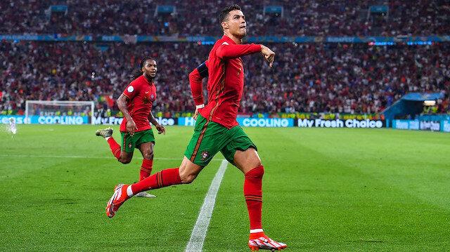 Ronaldo yine tarihe geçti: Milli Takımlarda en çok gol atan oyuncu rekoruna ortak oldu