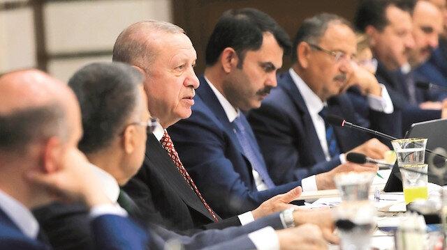 Erdoğan'dan AK Partili belediye başkanlarına talimat:  İhaleleri canlı yayınlayın