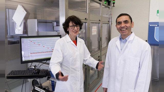 Uğur Şahin ve Özlem Türeci'ye İspanya'nın en büyük bilim ödülü verildi