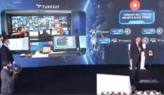 Ocak ayında uzaya fırlatılan TÜRKSAT 5A, dört ay süren yolculuk ve test aşamasının ardından hizmete alındı. Cumhurbaşkanı Erdoğan'ın katıldığı törende uydudan ilk görüntü de alındı.