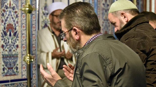 Allahümme Salli ve Allahümme Barik duası okunuşu