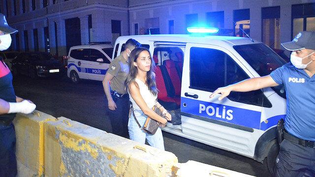 Ünlü oyuncunun erkek arkadaşı dehşet saçtı: Yedisi polis 12 kişiyi bıçakla yaraladı