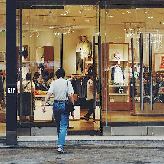 Ünlü giyim markası İngiltere'deki tüm mağazalarını kapatıyor