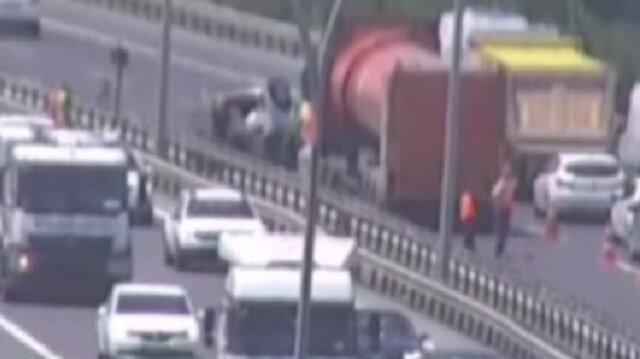 Silivri'de zincirleme kaza:  5 araç birbirine girdi