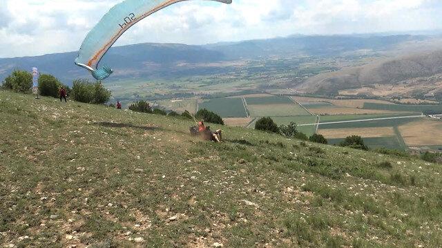 Tokat'ta yamaç paraşütçüsü kalkış sırasında düşüp kolunu kırdı