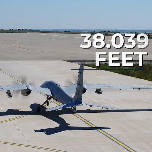 AKINCIdan Türk havacılık tarihine geçen rekor: 38 bin 39 feet yüksekliğe çıktı